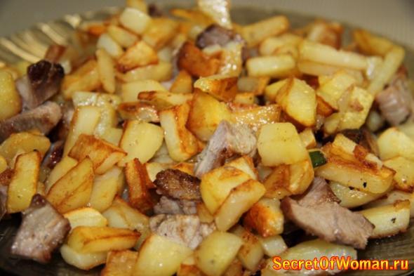 Вкусно пожарить картошку с мясом рецепт